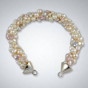 White and Soft Peach Pearl Strand